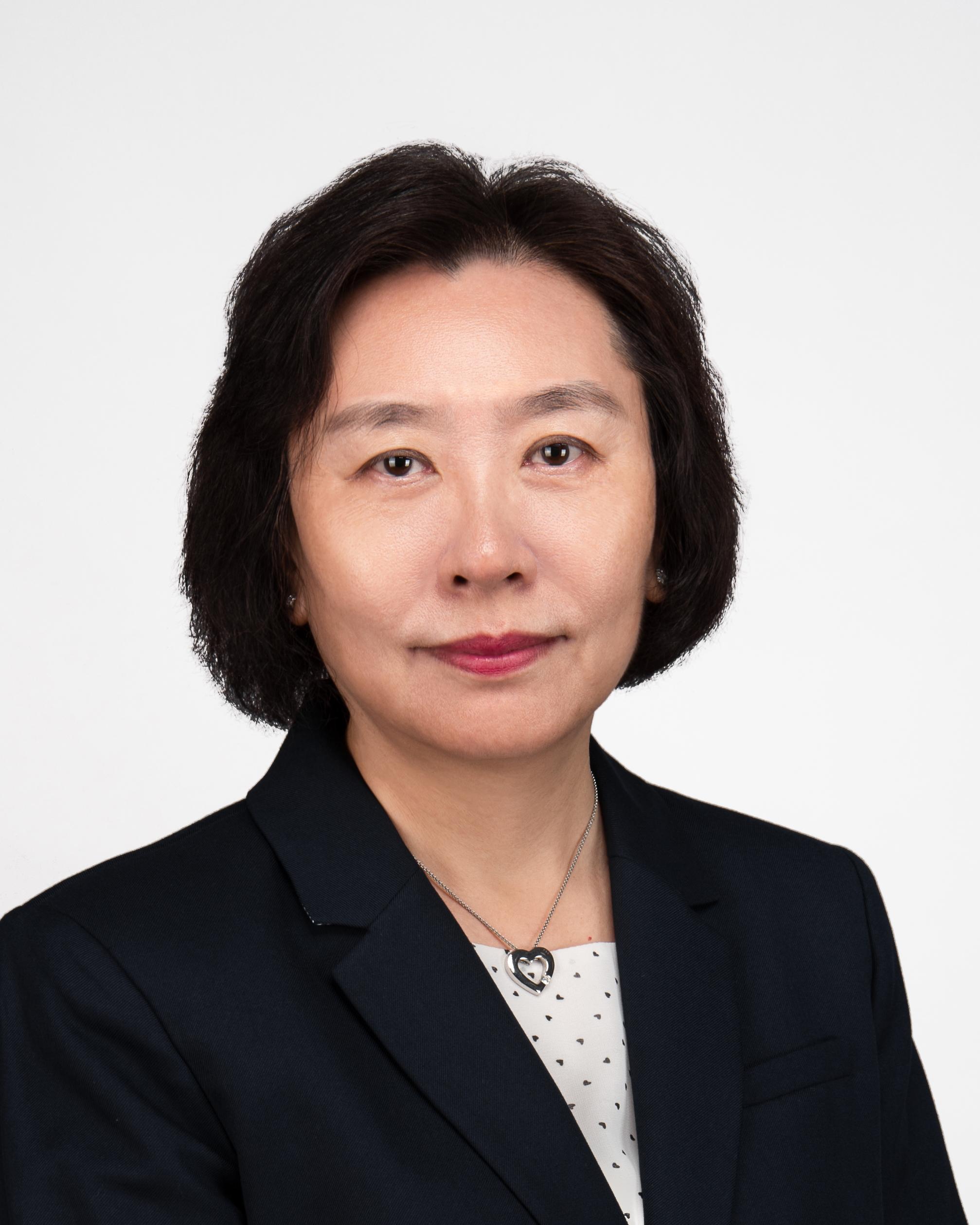 Prof. Kathy Qian LUO