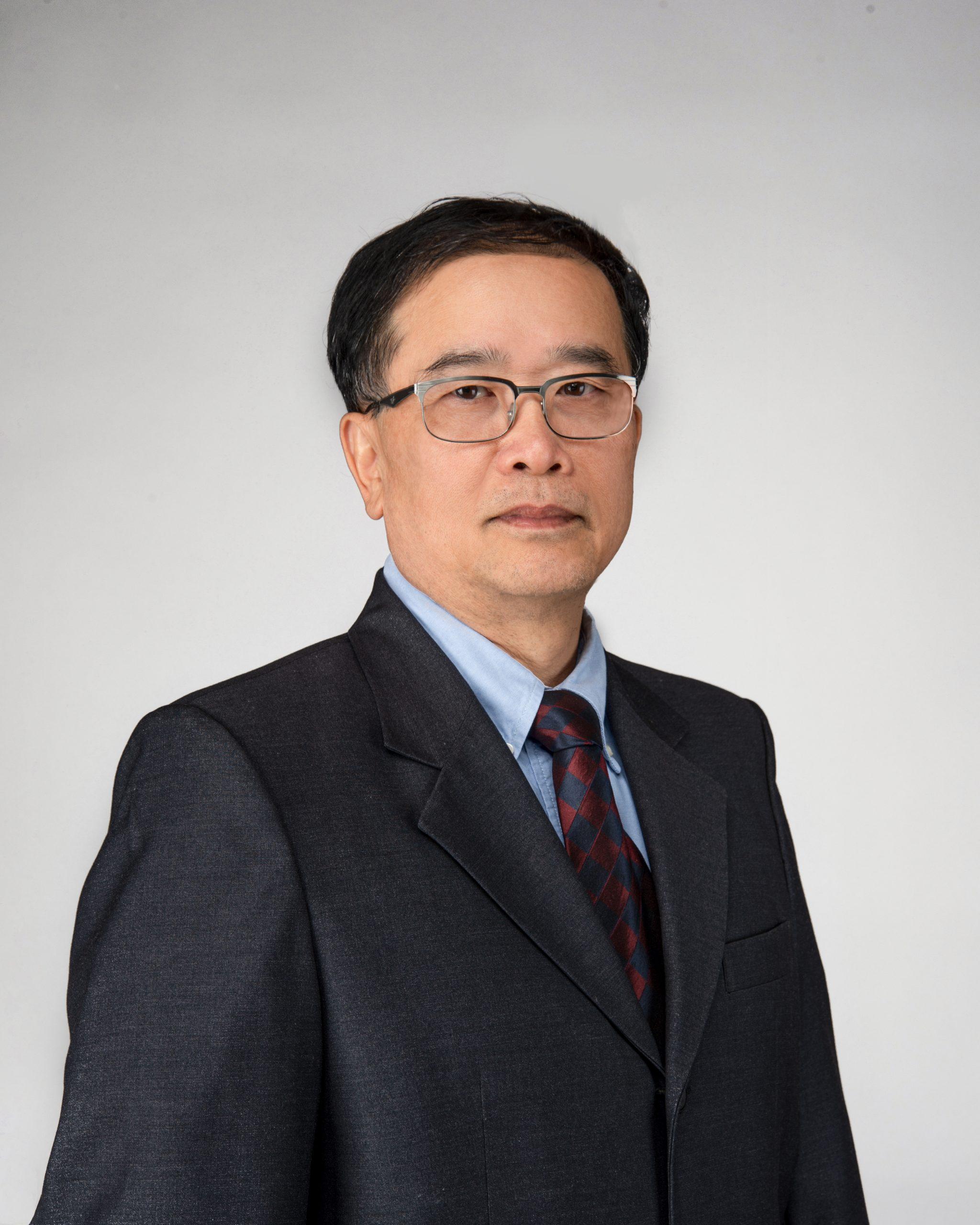 王山鳴教授