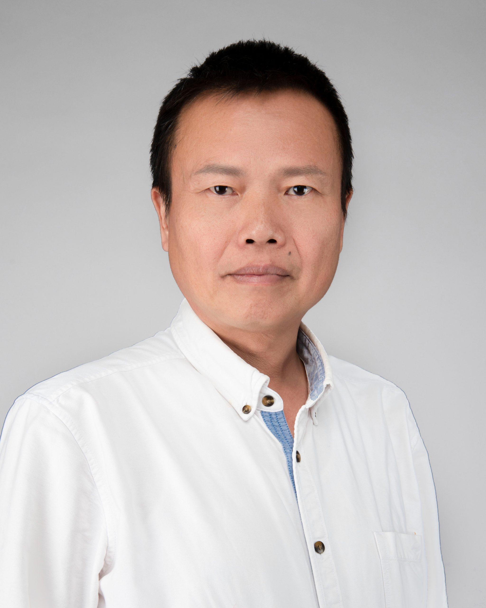 鄭文華教授