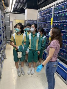 陳瑞祺永授中學學生到訪健康科學學院並受到鼓舞考慮向生物醫藥科學發展